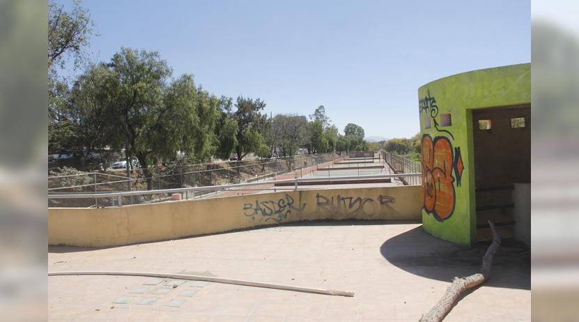 Canchas de tenis: Botín de la delincuencia | El Imparcial de Oaxaca