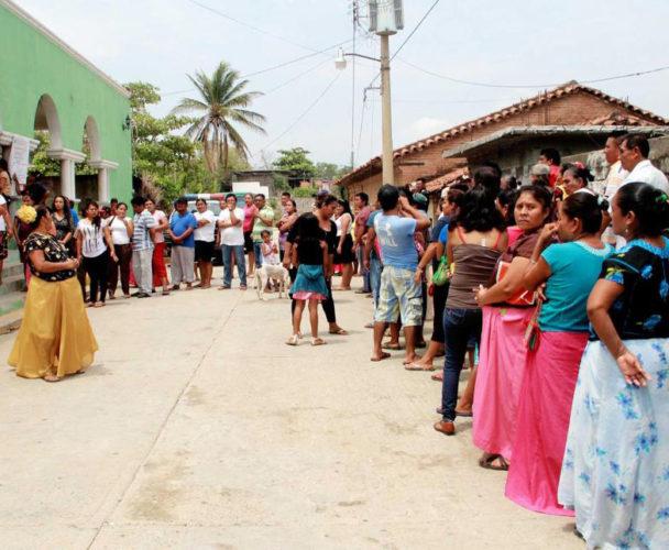 Denuncian irregularidades en administración de Huilotepec, Oaxaca