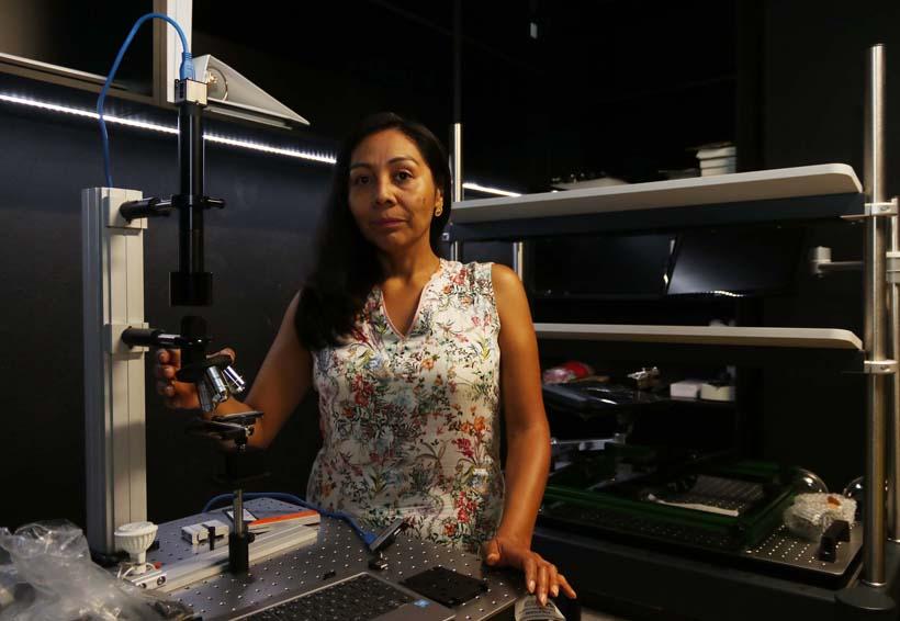 Las mujeres tenemos capacidad para el estudio de la Física: Carolina Romero