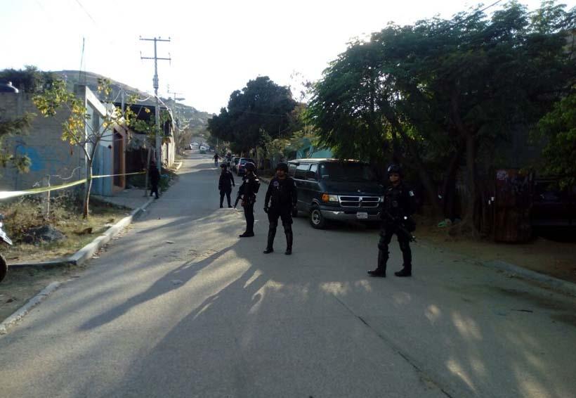 Riña de mototaxistas termina a balazos en Mexicápam
