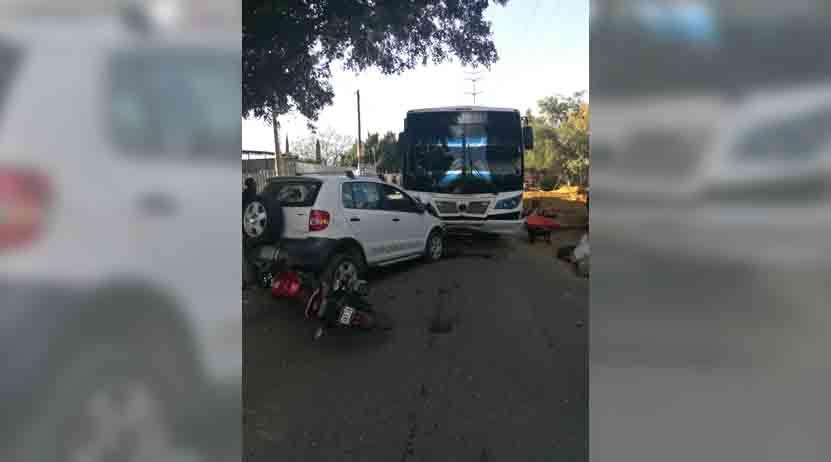 Carámbola deja 2 heridos, en Avenida Gómez Morín, Oaxaca; una de ellas menos de edad | El Imparcial de Oaxaca