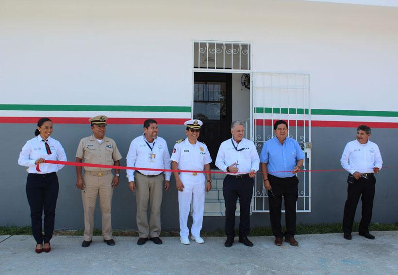 Inauguran oficina de servicios de marina mercante en for Servicios de oficina