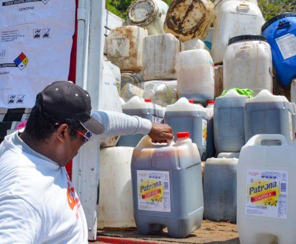 Jornadas de acopio de aceite vegetal  en Santa María Huatulco, Oaxaca