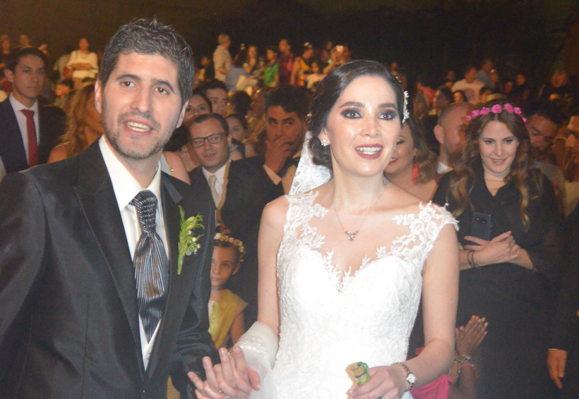 Darinka y David bendicen su amor