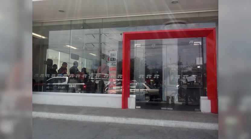 Hombres armados asaltaron sucursal de Banorte en Periférico, Oaxaca | El Imparcial de Oaxaca