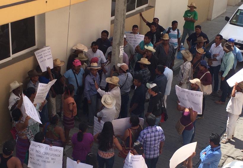 Pobladores de  Santa María Jicaltepec exigen obras del ramo 28 y 33 | El Imparcial de Oaxaca