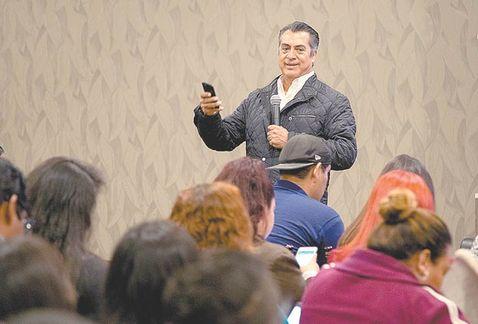 Peligran candidaturas de El Bronco y Ríos Piter