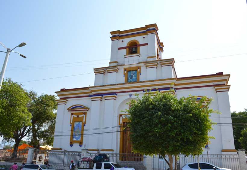 Templo de Santiago Apóstol,  dañado tras sismo