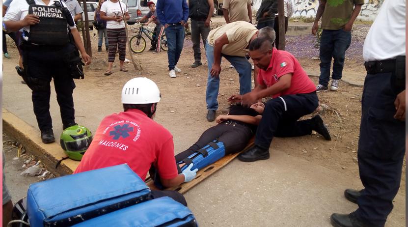 A punto de ser linchado por atropellar a dos personas en la avenida Del Valle, Oaxaca | El Imparcial de Oaxaca