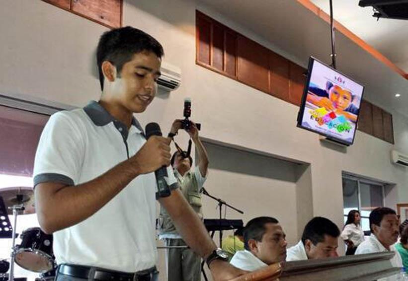 Jaziel Fuentes representa a Pinotepa Nacional en la Cumbre  de Jóvenes Youth 20-2018