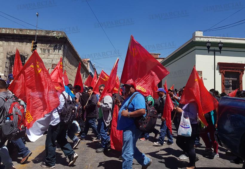 Oaxaca sitiada: grupos bloquean para exigir atención de autoridades   El Imparcial de Oaxaca