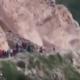 Video: Muere mujer aplastada por alud que grababa