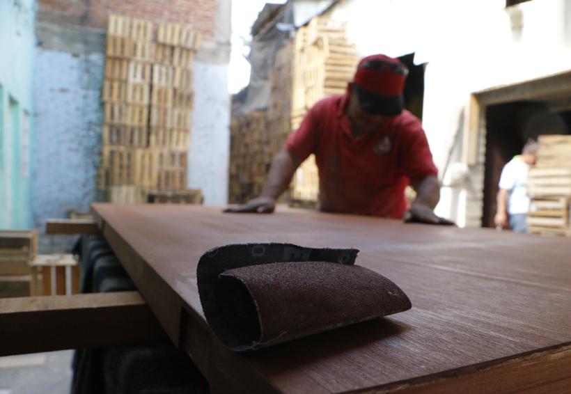 Nacho y el oficio de la carpintería en Oaxaca