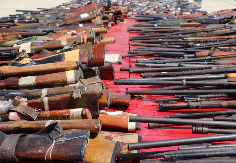 Sedena destruye más de 700 armas incautadas en Oaxaca