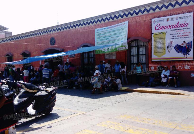 S-22 cierra dependencias en Huajuapan de León, Oaxaca