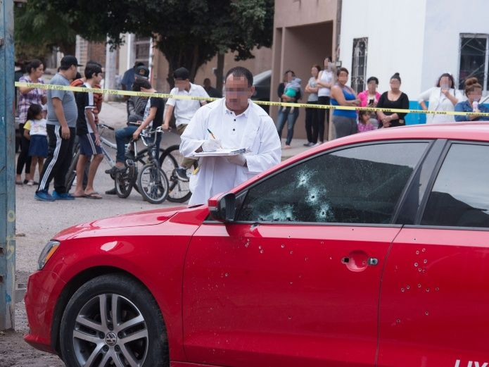 Sicarios lo atacan a balazos y muere junto a su bebé | El Imparcial de Oaxaca