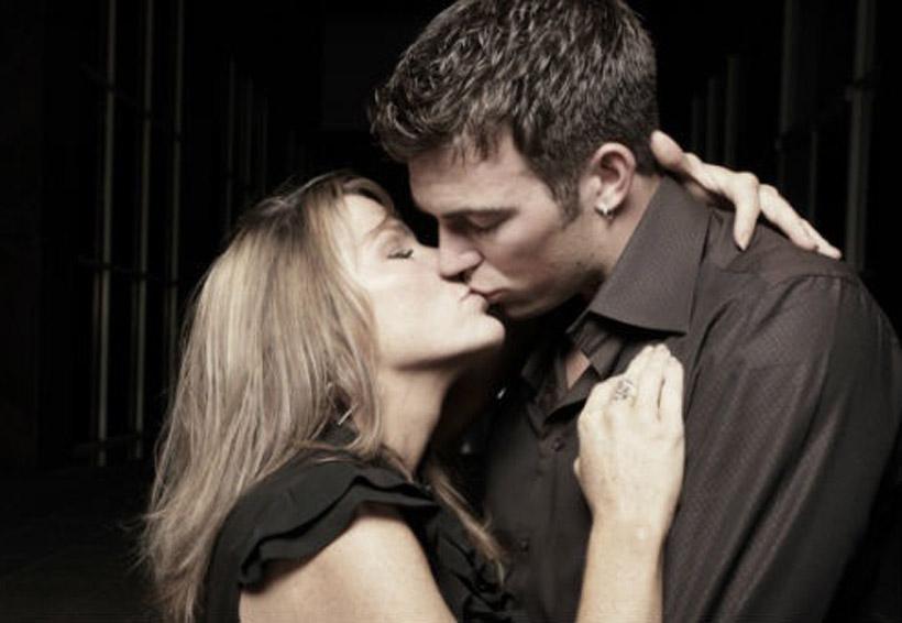 El peligro de los besos: IMSS | El Imparcial de Oaxaca