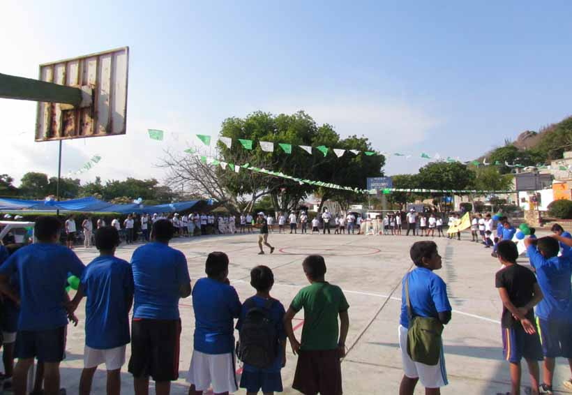 A través del futbol buscan  unir a niños en el Istmo de Oaxaca