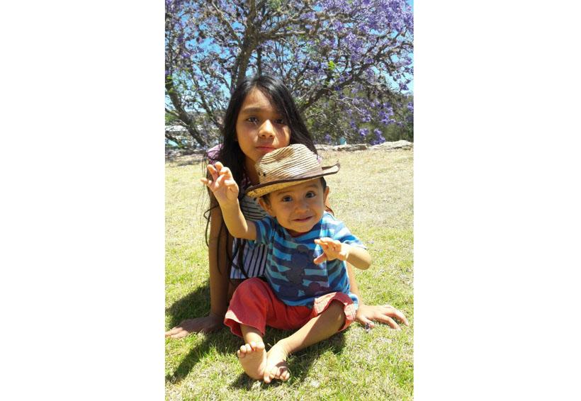 ¡Abrazos de oso  a Camila Julieta y Eli! | El Imparcial de Oaxaca