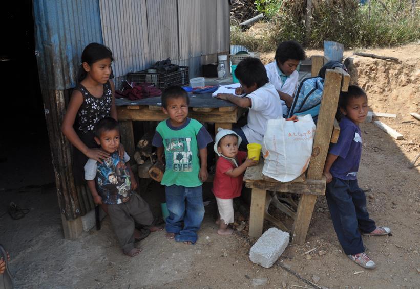 Historia de vida: Risas y juegos entre el polvo | El Imparcial de Oaxaca