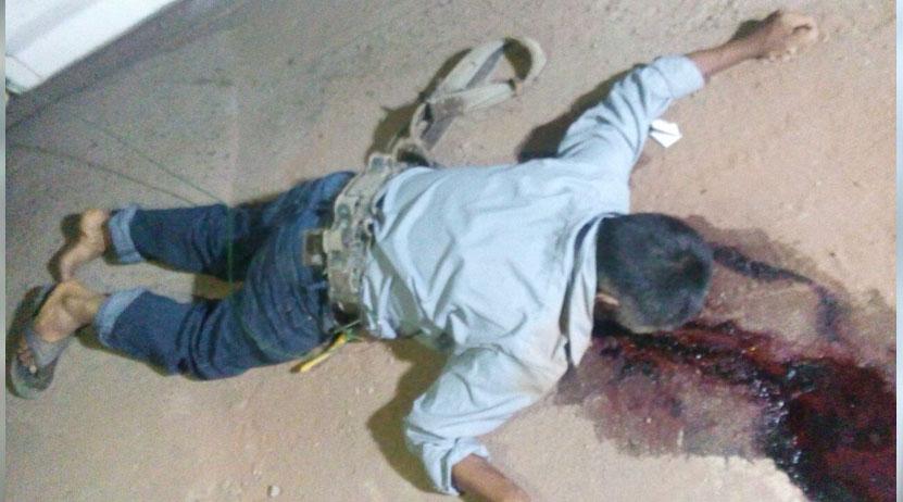 Subió a poste de CFE y camioneta lo tira, sucedió en Santa Catarina Loxicha | El Imparcial de Oaxaca