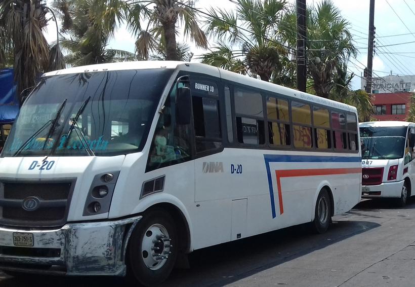 Fijan a 7 pesos la tarifa  del transporte urbano en Salina Cruz, Oaxaca