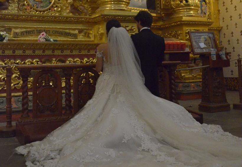 Jesús e Isabel bendicen su amor