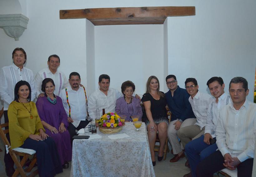 Lorena  y Gonzalo anuncian  enlace  matrimonial
