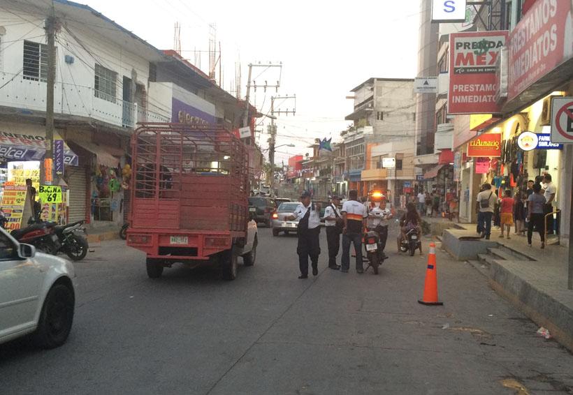 Llaman a motociclistas y automovilistas de la Costa a  hacer uso del casco y cinturón de seguridad