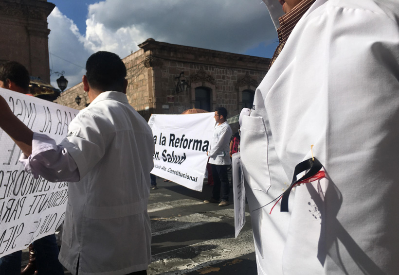 Médicos convocan a paro nacional el 13 de abril | El Imparcial de Oaxaca