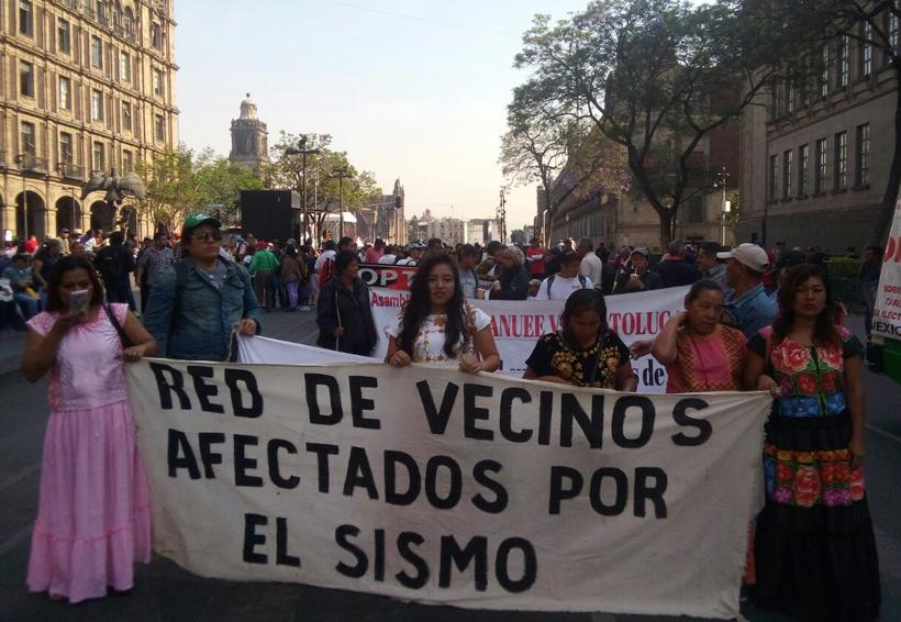 Marchan Damnificados a la Cámara  de Diputados en la Ciudad de México | El Imparcial de Oaxaca