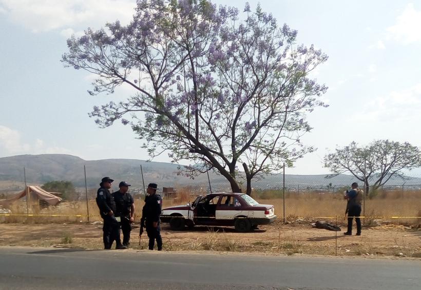 Asesinan a taxista por presunto asalto en crucero de la Y, Oaxaca
