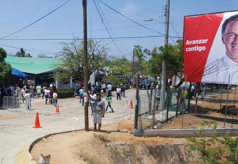 Se desata enfrentamiento en  visita de Meade en la Costa de Oaxaca