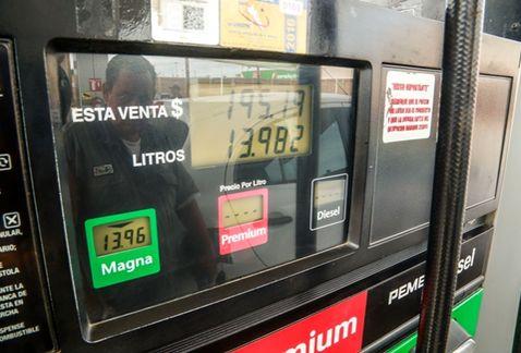 Expertos hablan sobre la propuesta de congelar el precio de la gasolina | El Imparcial de Oaxaca