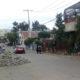 Tiran material en  arroyo vehicular de Oaxaca
