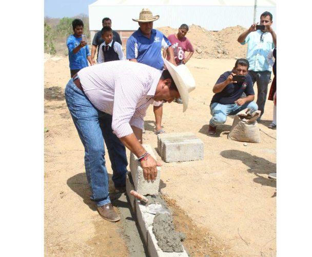 Estrenarán aulas de calidad en la Costa de Oaxaca