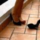 Evita enfermedades; quítate los zapatos antes de entrar a casa