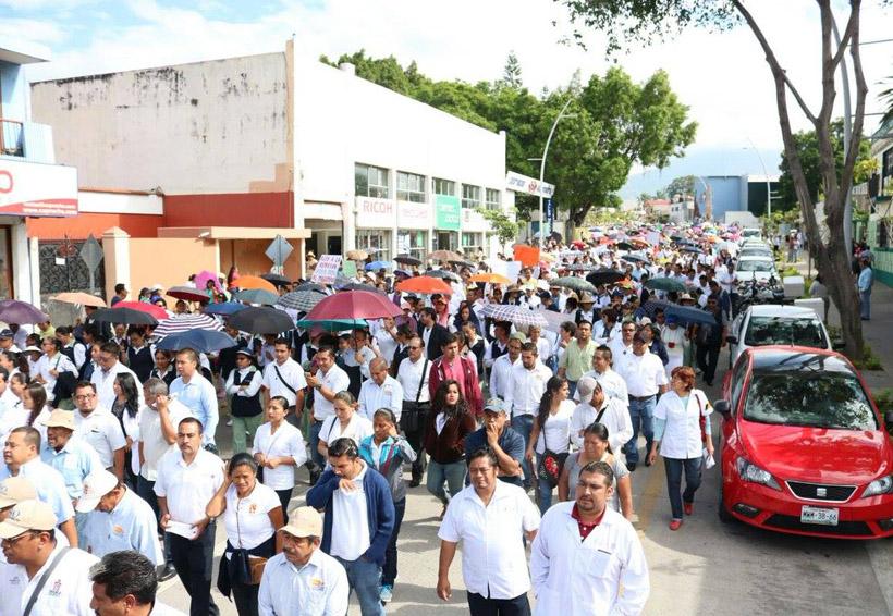 Trabajadores de Salud denuncian omisiones fiscales de los Servicios de Salud de Oaxaca | El Imparcial de Oaxaca