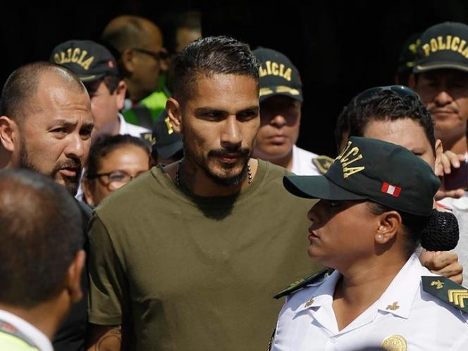 Rivales de Perú se unen para hacer frente a FIFA | El Imparcial de Oaxaca