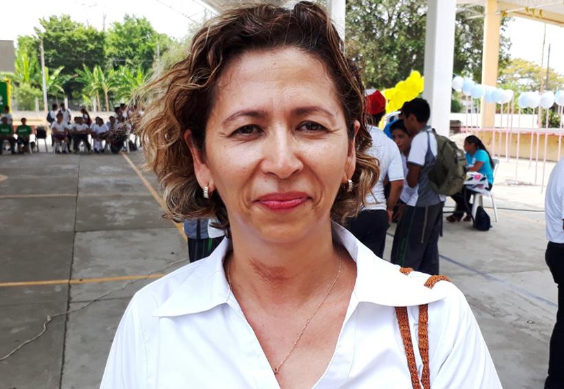Becas disminuyen  deserción escolar en  el IEBO de Tuxtepec, Oaxaca | El Imparcial de Oaxaca