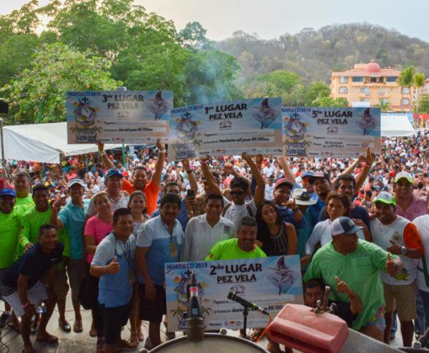 Rompen récord en Torneo de Pesca en la Costa de Oaxaca