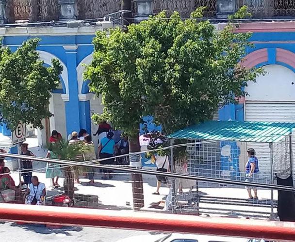Edificio de Salina Cruz a  punto de colapsar