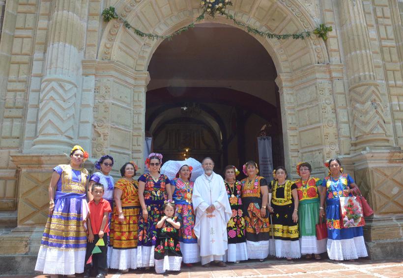Lourdes celebra 50 años