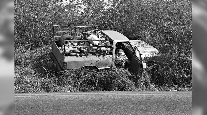 Hallan muerto a campesino  en el interior de su camioneta en Loma Bonita, Oaxaca | El Imparcial de Oaxaca