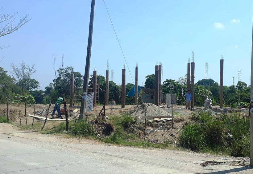 Necesario saber quién otorga permisos  para construcción en el Muro Boulevard | El Imparcial de Oaxaca