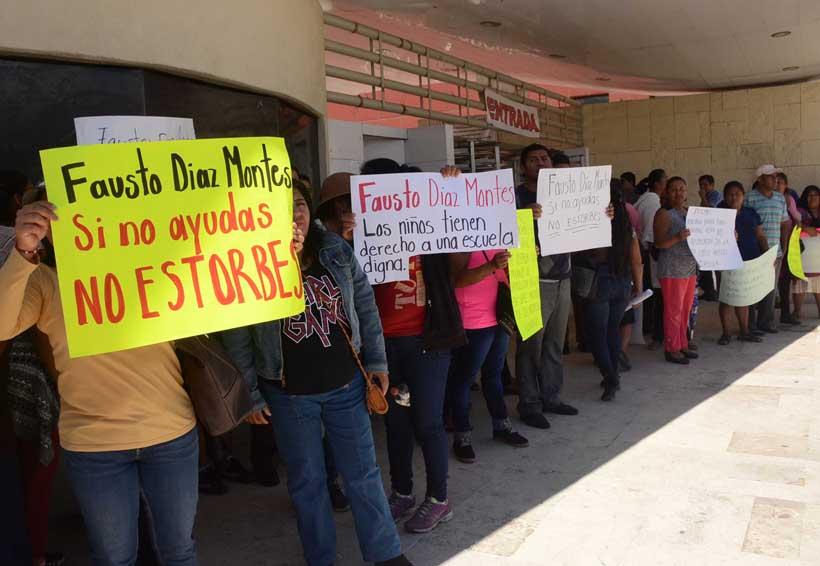 Edil de Tlacolula, Oaxaca escamotea recursos para obra escolar | El Imparcial de Oaxaca