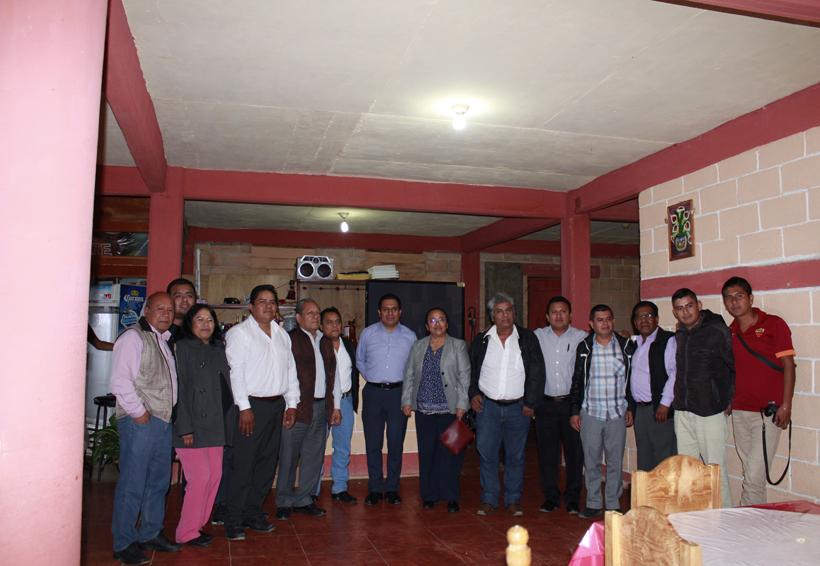Cabildo Huautleco festejó  a periodistas mazatecos