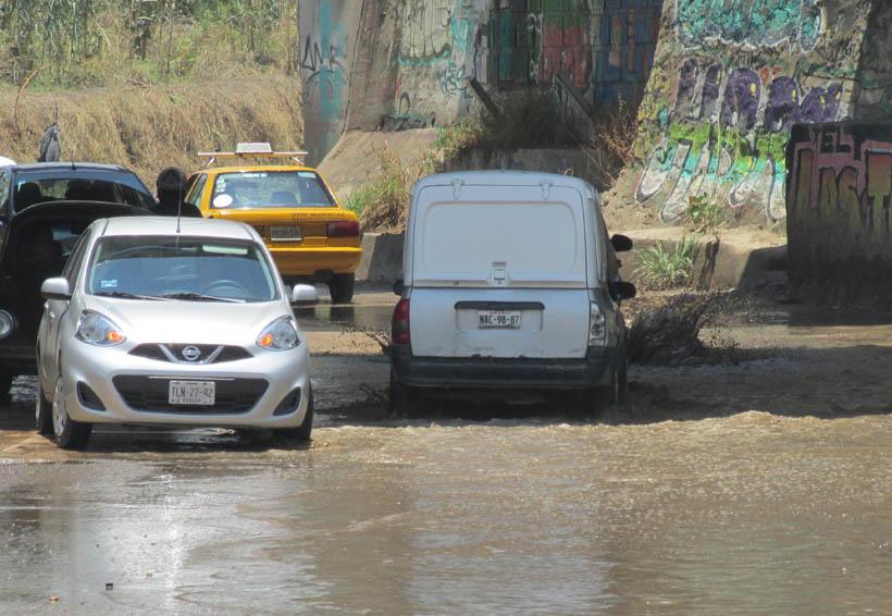 Riberas del Río Atoyac un peligro para transitar