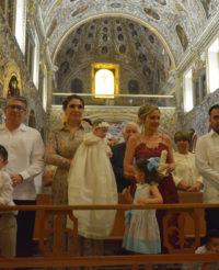 Ximena es bautizada