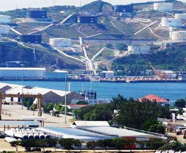 Salina Cruz, puerto abandonado